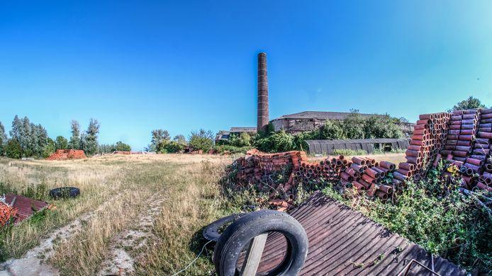 De oude buizenfabriek in Wijtschate.