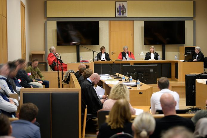 Het hof van assisen in Tongeren, waar Shane R. en Brian V.G. zich moeten verantwoorden voor de moord op Hilmi Gedik op 29 november 2012 in Maasmechelen.