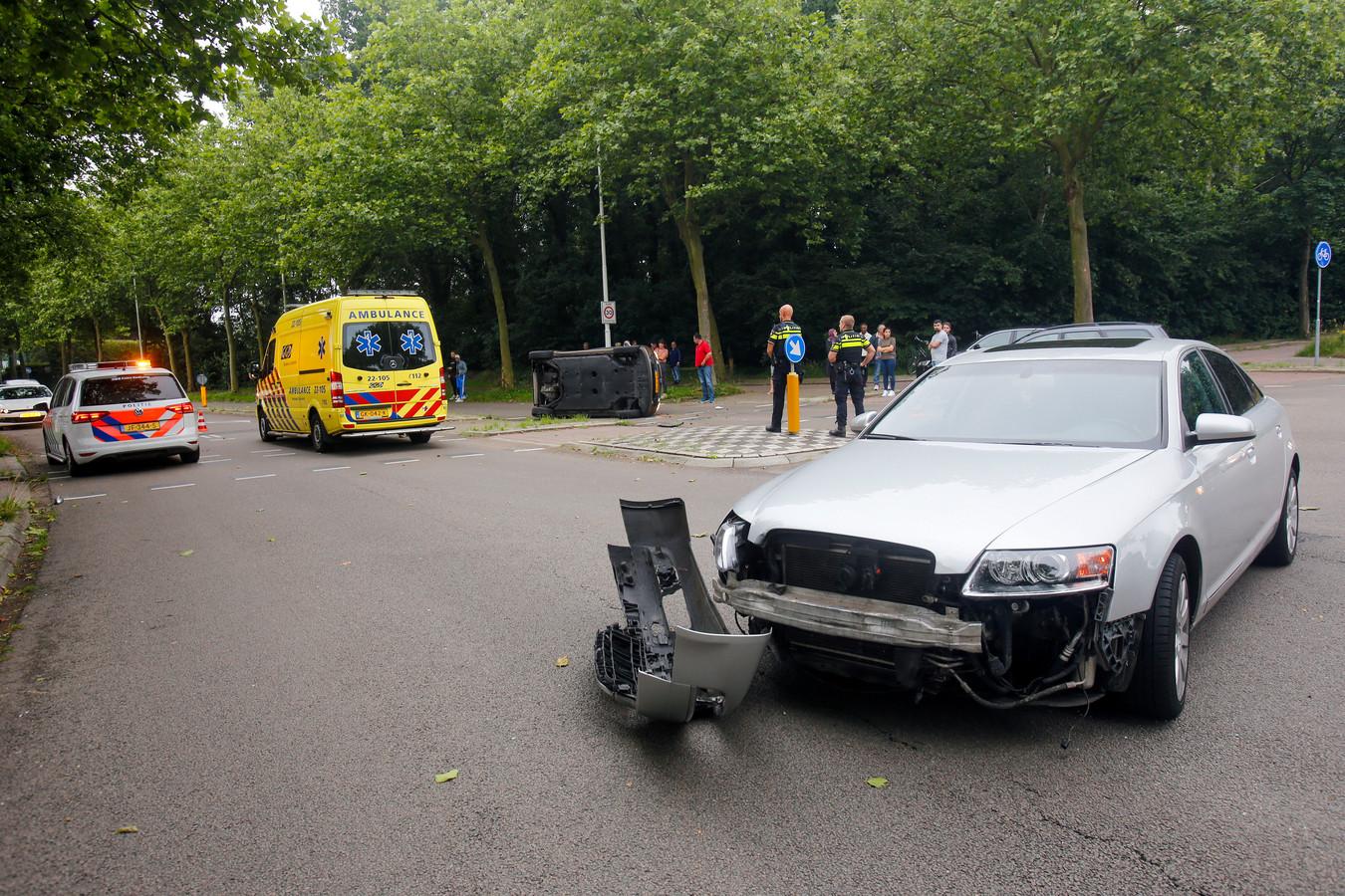 De sleepdienst ontfermde zich over de betrokken auto's.