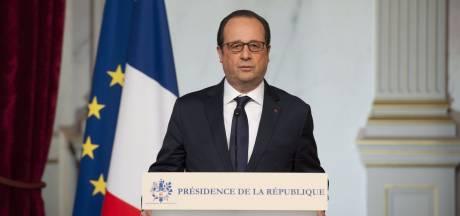 """Hollande sera """"implacable"""" si """"certains militaires se sont mal comportés"""""""