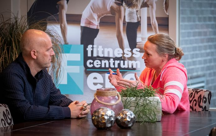 Beweegkuur in Epe en Oene helpt mensen bij leefstijlverandering. Jacco Landman in gesprek met leefstijlcoach Daniëlle Gommers.