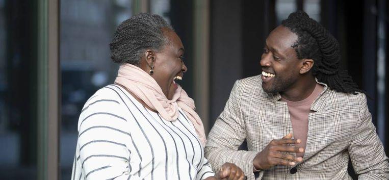 """Rapper Akwasi over zijn moeder Mary: """"Ze heeft me goed opgevoed, ook toen het moeilijk was"""""""