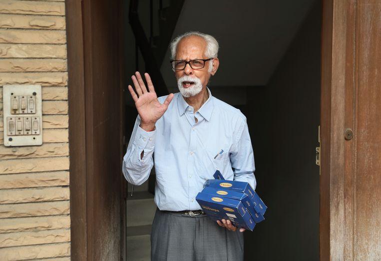 Balachandran Gopalan, oom van Kamala Harris, viert in New Delhi de winst Beeld AP