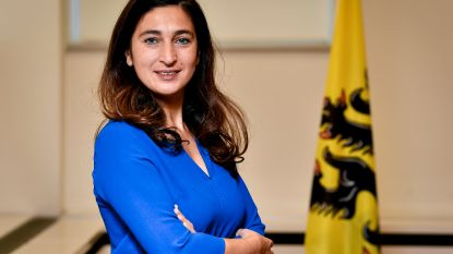 """Greenpeace stuurt deurwaarder naar minister Demir en wil dwangsom van 1.000 euro per dag: """"Greenpeace is ongeduldig"""""""