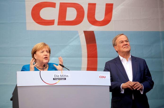 Bondskanselier Angela Merkel met kanselierskandidaat en CDU-leider Armin Laschet in diens thuisbasis Aken.