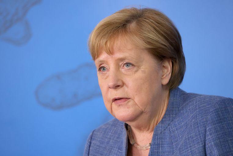 Volgens Bild wil de regering van Merkel dat ongevaccineerden nergens meer binnen mogen. Beeld EPA
