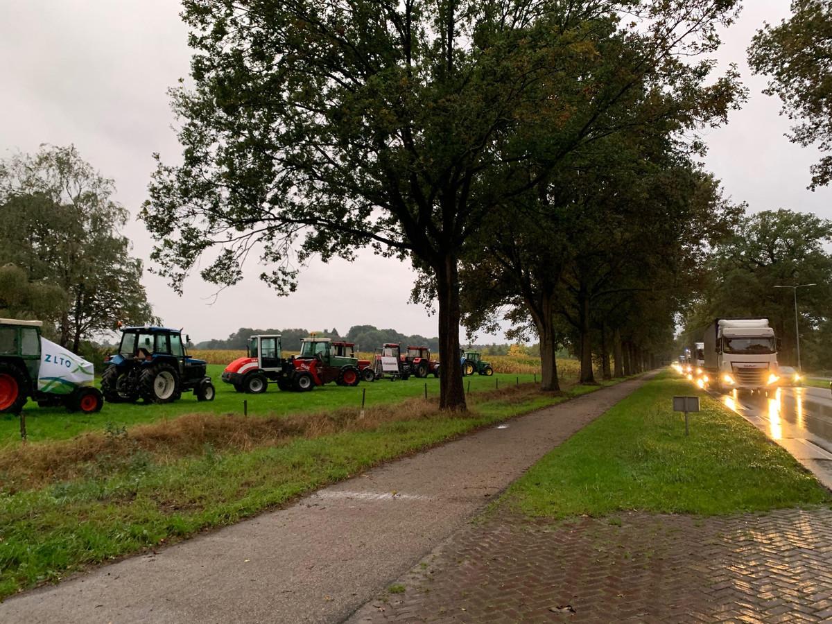 Stil boerenprotest langs de N65 bij Helvoirt
