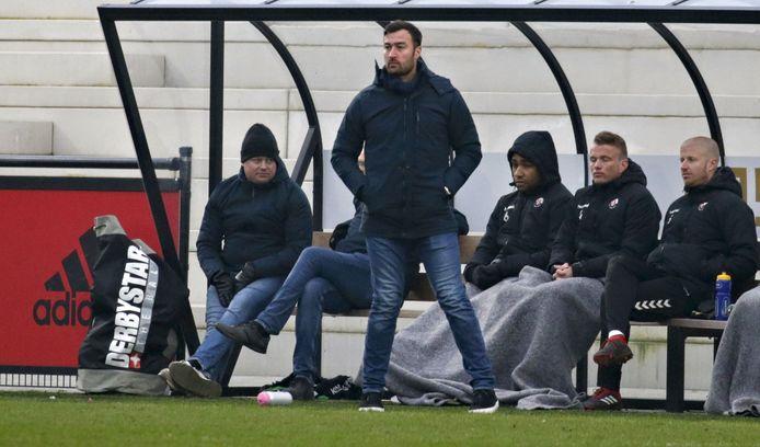 Jodan Boys-trainer Leen van Steensel stoort zich aan de handelwijze van Alphense Boys.