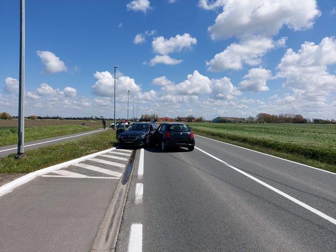 Aanrijding op de Gistelsesteenweg in Oostende.