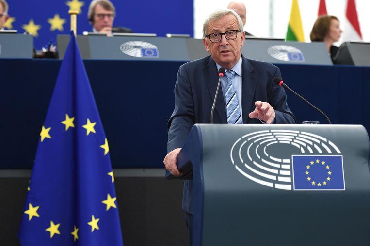 De voorzitter van de Europese Commissie, Jean-Claude Juncker, moet onder het mes voor een aneurysma.