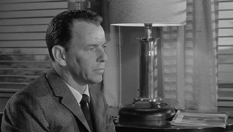 Frank Sinatra in 'The Manchurian Candidate' van John Frankenheimer. Beeld