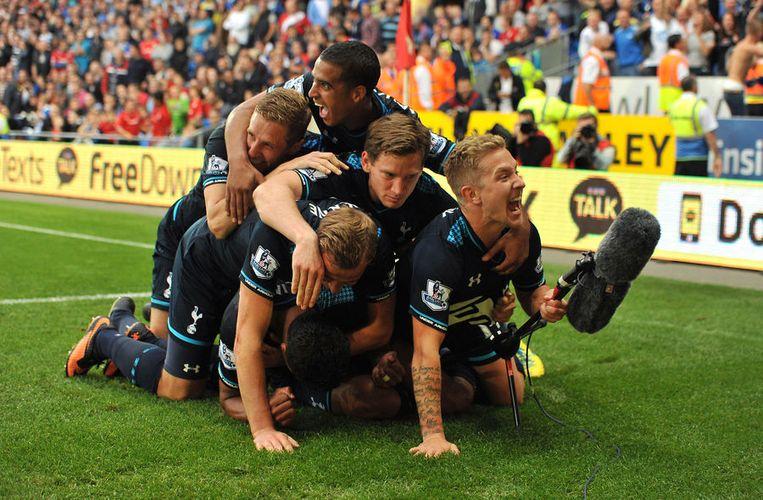 De vreugde bij Tottenham na de erg late goal was groot. Beeld AP