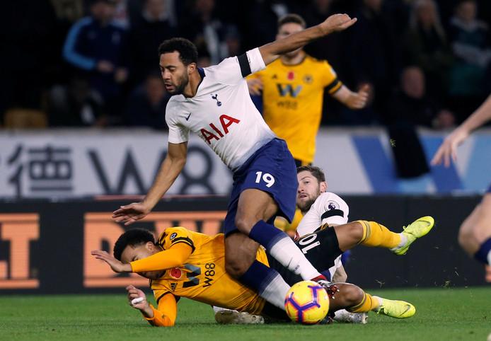 Mousa Dembélé in actie voor Tottenham Hotspur tegen Wolverhampton Wanderers.