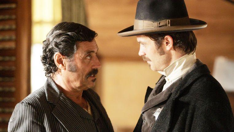 Tussen bordeeluitbater Al Swearengen (vertolkt door Ian McShane) en sheriff Seth Bullock (Timothy Olyphant) botert het in 'Deadwood' niet altijd even goed.