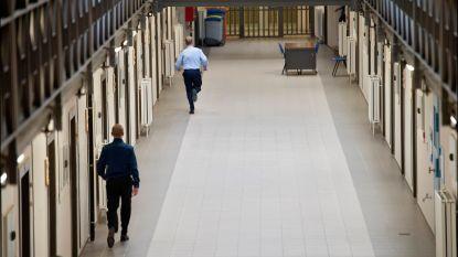 Gedetineerde mogelijk de keel overgesneden in cel gevangenis Sint-Gillis