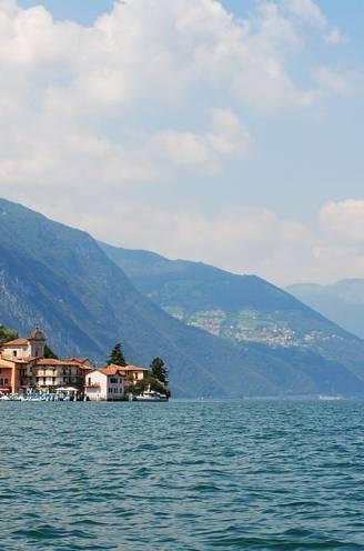 Monsterlijk rotsblok schuift centimeter per centimeter weg en dreigt in Italiaans meer te storten: omwonenden geëvacueerd uit vrees voor tsunami