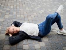 Waarom een beetje afzien goed is voor je werkgeluk: 'Dus ik ga liggen, languit op straat'