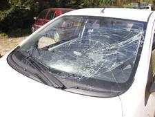 Fietser gewond na botsing met auto in Ottersum