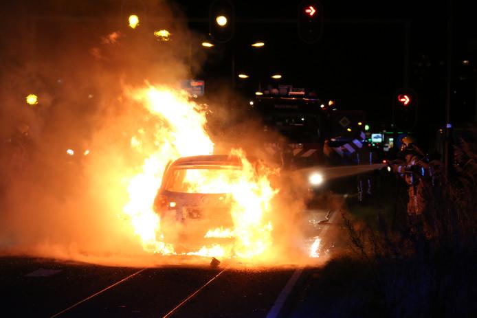 Voertuigbrand Prinses Beatrixlaan in Rijswijk