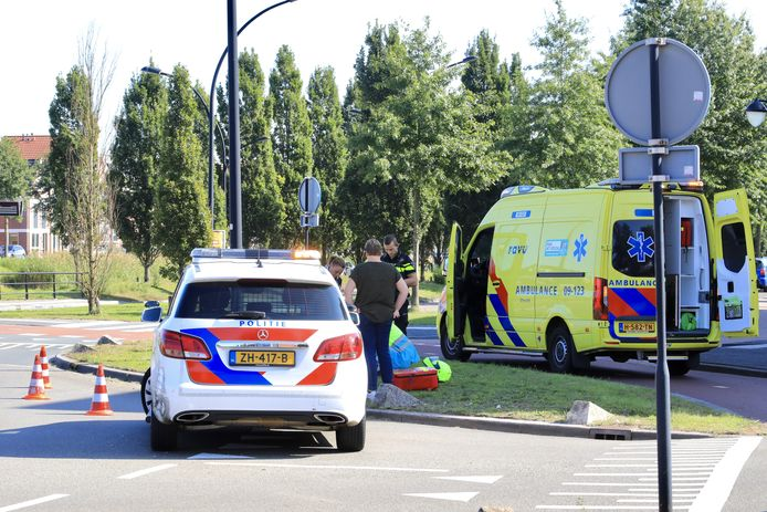 Eén persoon raakte gewond en werd gecontroleerd in de ambulance.