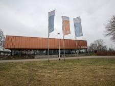 Zwembadbestuur sleept IJsselmeeuwen voor de rechter