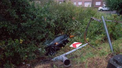 30 dagen rijverbod en 1.600 euro boete voor jonge bestuurder die Scheldebrug afrijdt