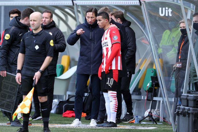 PSV-coach Roger Schmidt en Mohamed Ihattaren