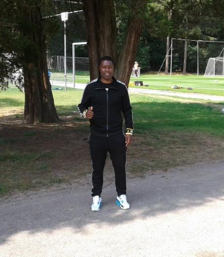 Edison Méndez via zijn zoon terug bij PSV: 'Huub Stevens was gewoon een goede trainer'
