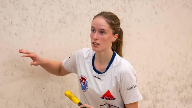 Daniek Krukkert kan na zware studiedagen enorm genieten van een potje squash
