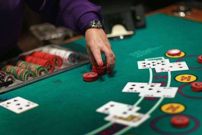 Een blackjack-tafel.
