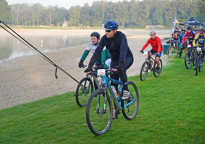 Ze mochten weer fietsen in toerverband en waren daar maar wat blij mee.