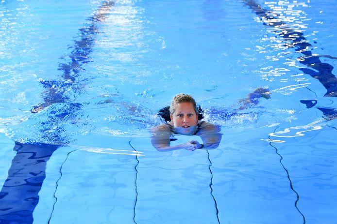 Miriam Trommelen traint volop voor haar bijzondere zwemtocht.