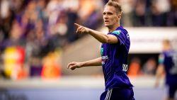 """""""Anderlecht heeft een nieuwe spits nodig. Je weet nooit dat Teo op het WK begint te scoren, dan kunnen ze hem misschien verkopen"""""""