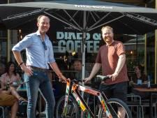 Nu ook fietsen langs Blind Walls met nieuw routeboekje