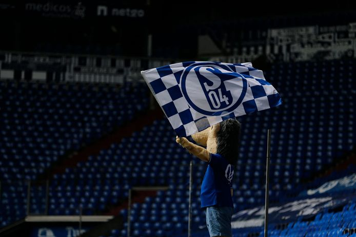 De Duitse voetbalclub Schalke 04 blijft ondanks financieel zwaar weer toch actief in de esportswereld. Wel een trapje lager, namelijk in de hoogste Duitse League of Legends-competitie.