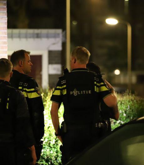 Politie forceert deur bij feestje in Den Haag: boete voor niet naleven coronaregels