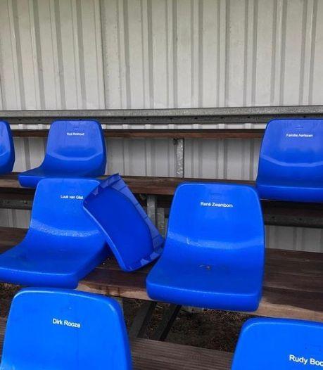 Clubs zijn vernielingen op Goese sportpark beu: 'Wil je de pupillen trainen, dan moet je eerst glas opruimen'