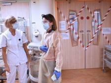 Lichte daling aantal coronapatiënten in ziekenhuizen nog geen reden tot juichen