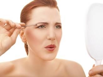 Wenkbrauwen epileren is pijnlijk? Niet met deze tips