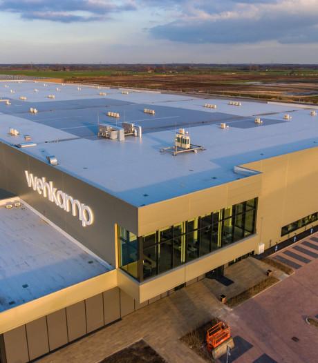 Amazon en Bol.com hijgen in de nek van Wehkamp