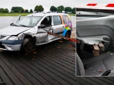 Met balken doorboorde auto blijkt gestolen bij bso, hoe is de gespietste bestuurder er aan toe?