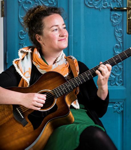 Ellen Tackenkamp terug in Neede voor presentatie nieuwe cd: 'Ik wil mensen raken'