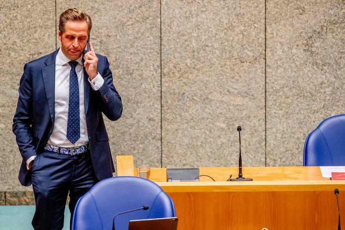 Minister Hugo de Jonge (Volksgezondheid, Welzijn en Sport) tijdens het debat.