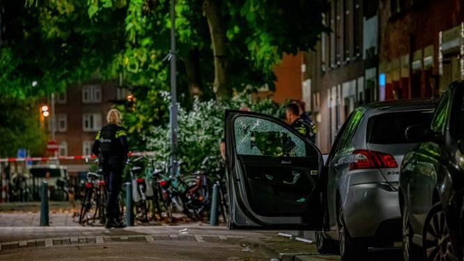 Getuigen schietpartij Rotterdam zagen man (45) zwaargewond in auto liggen: 'Er stroomde bloed uit z'n mond'