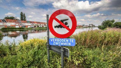 Maand na verdrinking toch weer zwemmers in kanaal