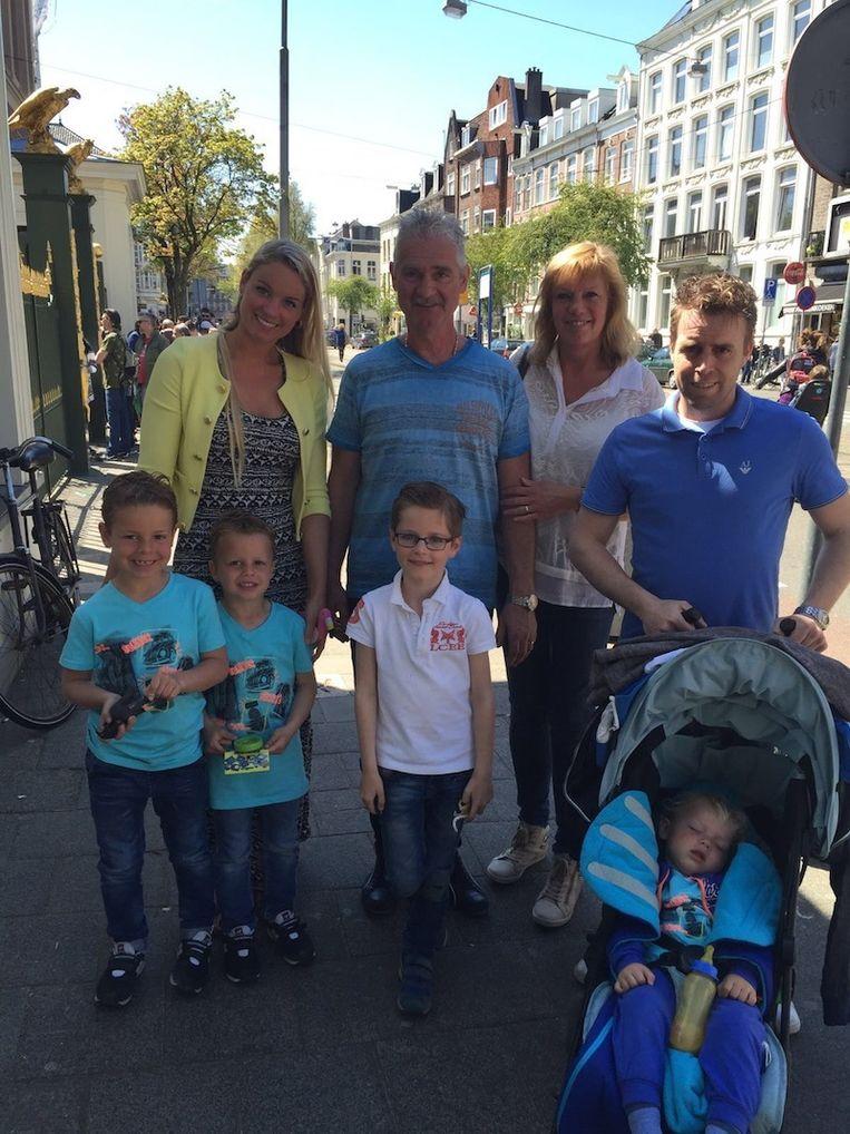 De familie Timmers uit Amsterdam Beeld Charlotte Knobben