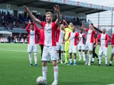 De Tilburgse held van FC Emmen geniet van alle aandacht: 'Iedereen gunt het ons'