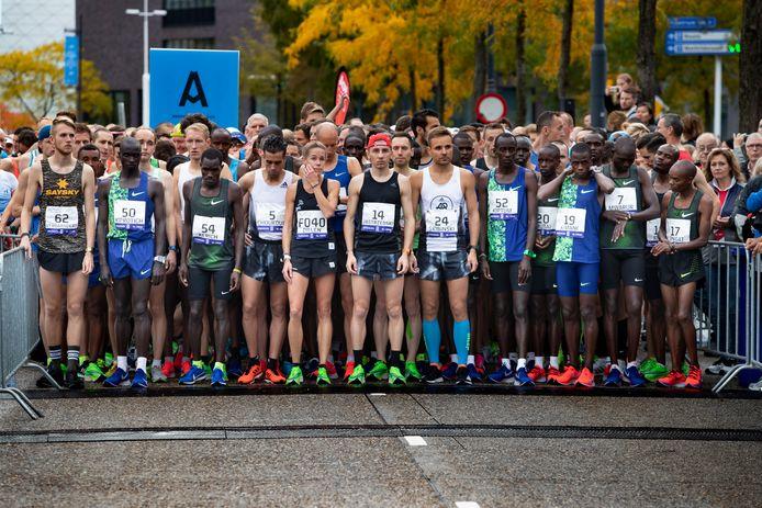 Archiefbeeld: de start bij de marathon van Eindhoven in 2019.
