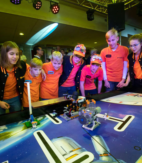 First Lego League in Helmond: Robots stelen de show