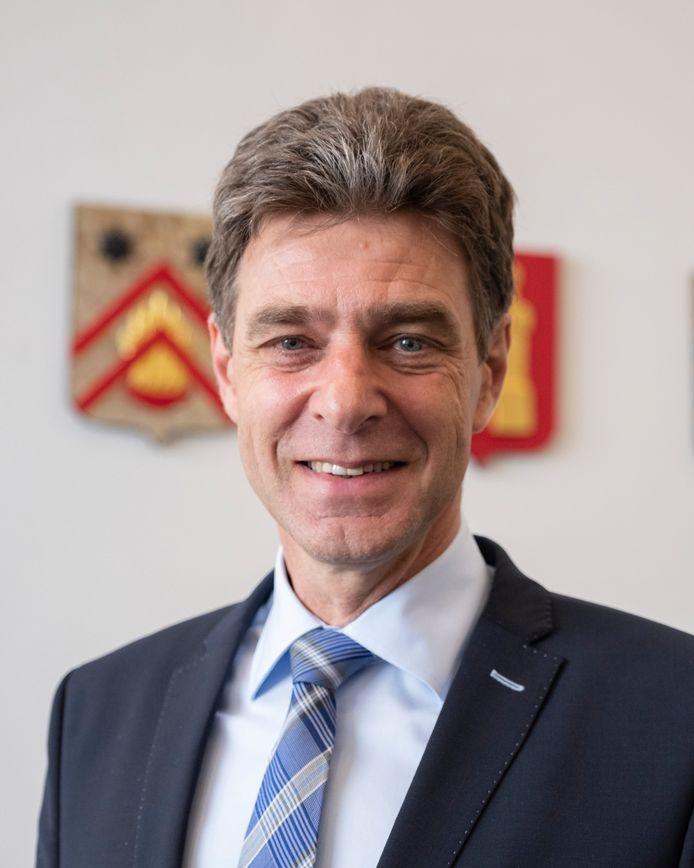 SGP-wethouder Chris Dekker van Middelburg.
